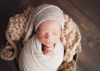 Top newborn photographer in Cleveland Ohio using studio lighting by Chelsey Hill Photography