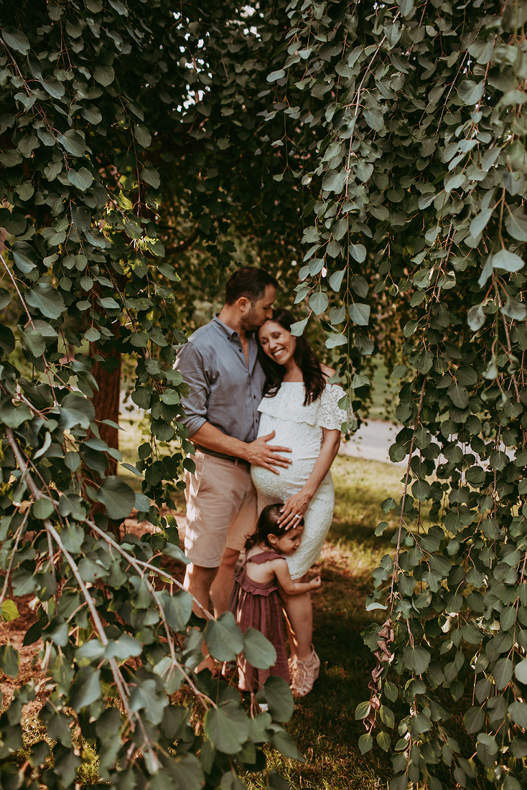 Clevelands Ohio Outdoor Maternity Session