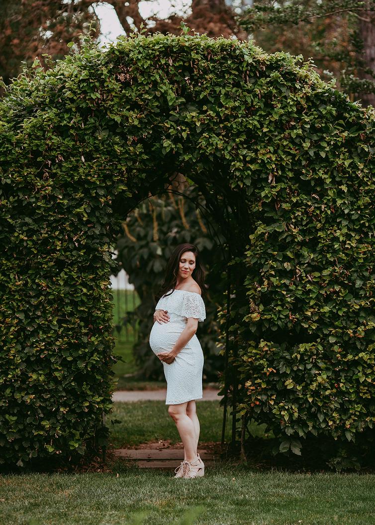 Natural maternity poses