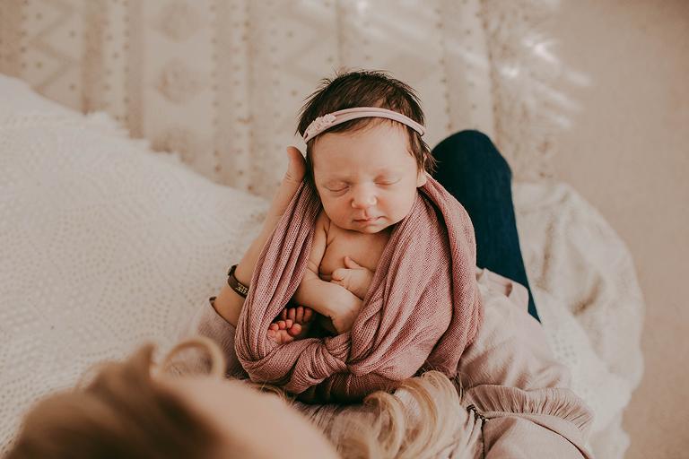 leveland-Photographers-Newborn-Photography
