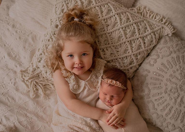 lifestyle newborn session sibling shot